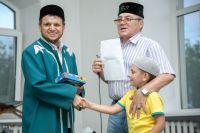 """""""При встрече с имами мечетей нашего региона я призываю заниматься всеми слоями населениями, в том числе и с детьми"""", - рассказал ректор медресе «Хусаиния»."""
