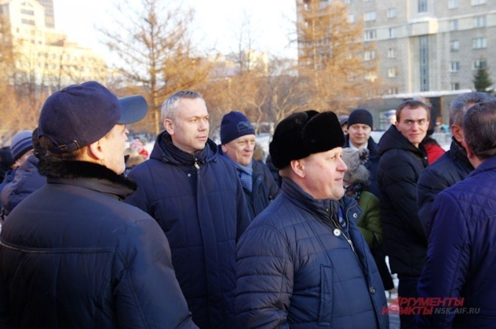 Первые лица Новосибирска и области также пришли на концерт