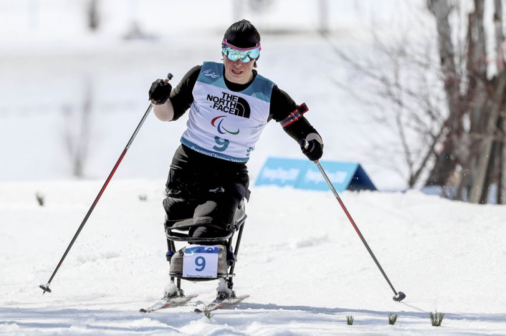 Биатлонистка и лыжница Марта Зайнуллина принесла России серебро (в соревнованиях сидячих спортсменок по биатлону на 10 км) и две бронзы (в лыжных спринтерских гонках и на 7,5 км).