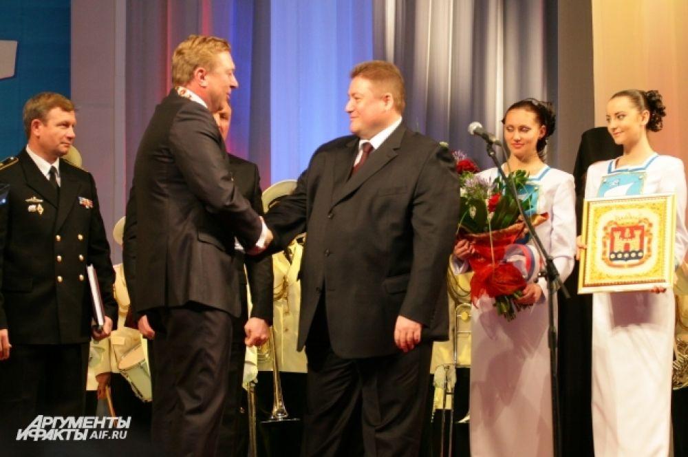 Александр Ярошук и экс-губернатор Георгий Боос.