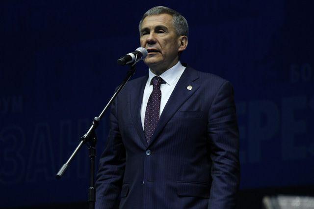 На форуме выступил президент Татарстана Рустам Минниханов.