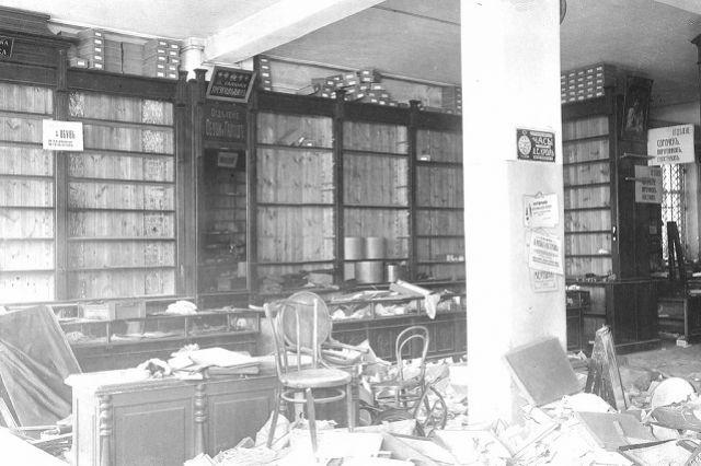 В городском архиве можно найти уникальные свидетельства той эпохи.