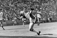 Футболист сборной Англии на ЧМ в Испании, 1982 г. Англичане хотели бойкотировать турнир, но в последний момент решили участвовать.