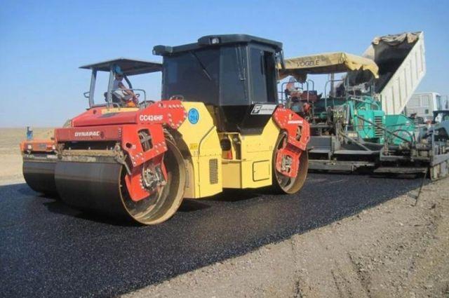 Чиновники распределили субсидии на ремонт дорог.