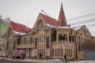 Дом купцов Цукерман построен в 1894 году. Теперь в нём Литературный музей.