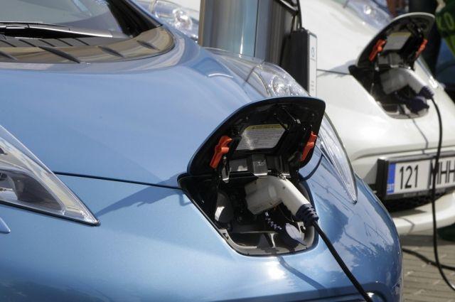Электромобили будут дешевле, чем машины на бензине