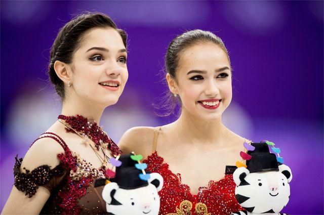 Фигуристки Евгения Медведева и Алина Загитова.