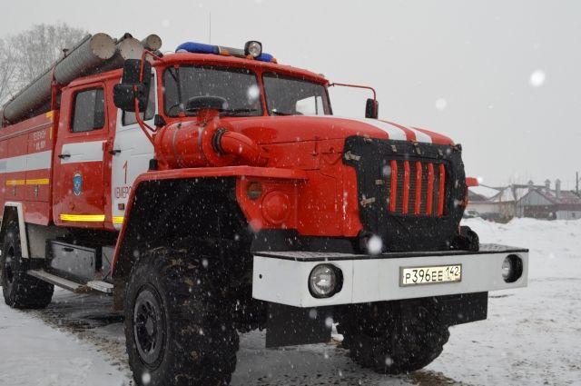 В Новокузнецке пенсионер отравился газом при пожаре.