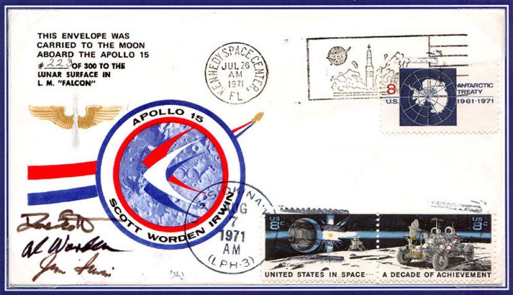 Другие астронавты «Аполлона-15» Дэвид Скотт, Альфред Уорден и Джеймс Ирвин взяли с собой в полет 398 конвертов с марками, на которых были сделаны специальные гашения, а сами астронавты поставили свои автографы. Их планировалось продать по окончании миссии. Разгорелся крупный скандал, члены экипажа получили дисциплинарное взыскание, а конверты конфисковали.