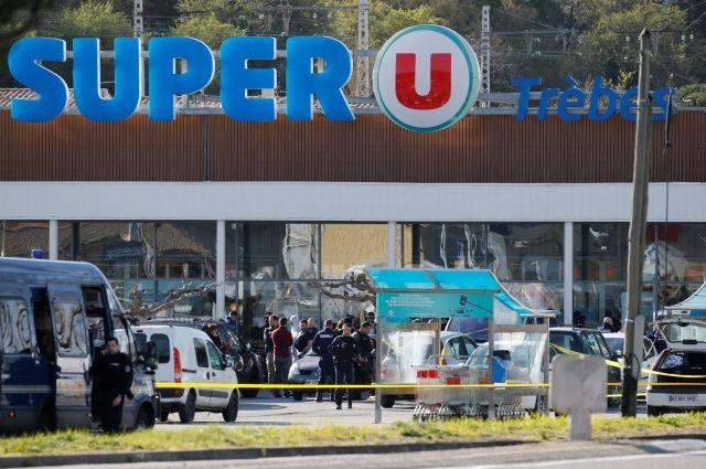 ВоФранции задержали сожительницу захватившего людей взаложники террориста