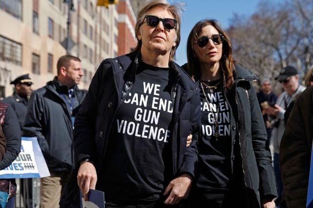 Пол Маккартни присоединился к акции протеста против оружия в США