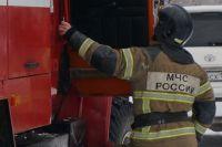 Спасатели эвакуировали из «Зимней Вишни» 100 человек.