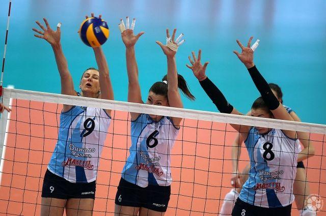 «Уралочка» проиграла 1-ый полуфинал чемпионата Российской Федерации