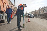 Перед нанесением разметки дороги должны тщательно убрать.