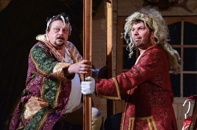 Фото со спектакля Липецкого драмтеатра