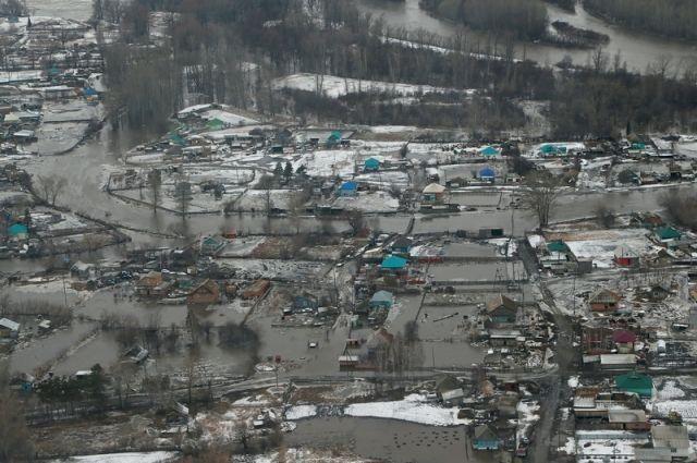 Масштаб бедствия хорошо видно с воздуха.