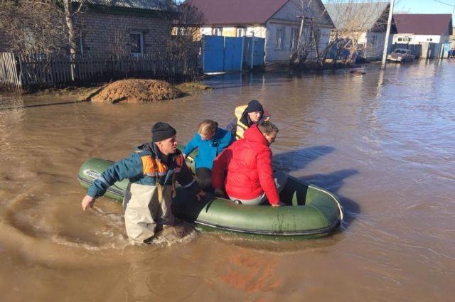 Талые воды могут прийти в дома оренбуржцев, несмотря на то, что зима была малоснежной.
