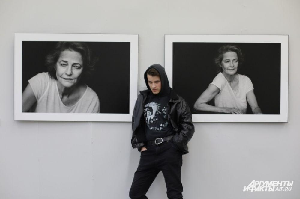 Портреты актрисы Хелен Миррен.