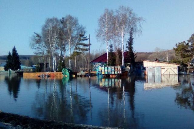Неменее 1300 домов подтоплены вСибири в итоге половодья