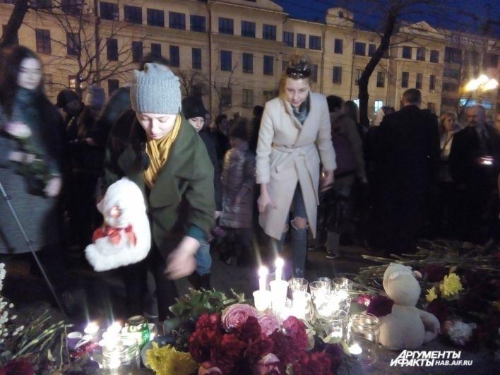 Почтили память погибших в Хабаровске.