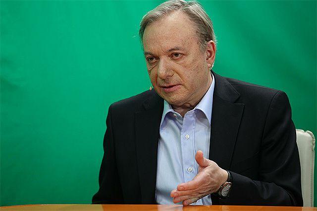 Михаил Таратута.