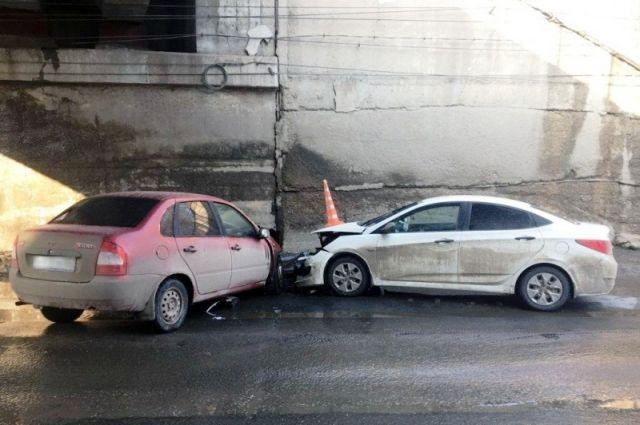 Рэно и«Ростех» конвертируют долг «АвтоВАЗа» вакции
