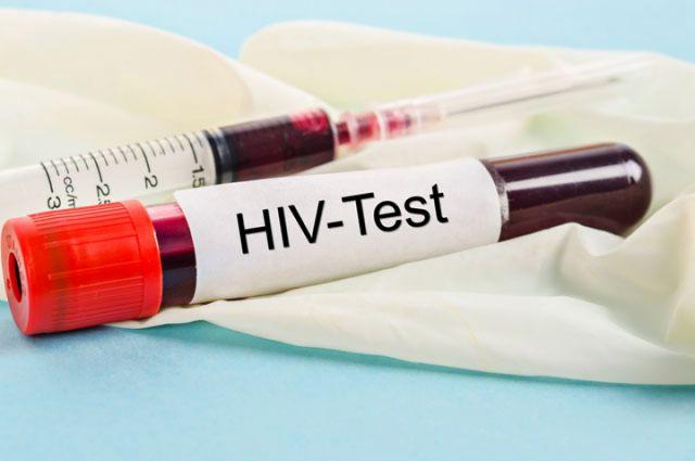 В Калининграде судят мужчину, который рассказал о ВИЧ-статусе знакомой.