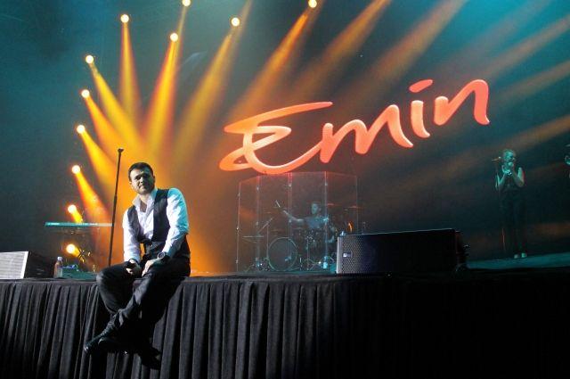 Певец Эмин отменил концерт в Тюмени в связи с трагедией в Кемерове