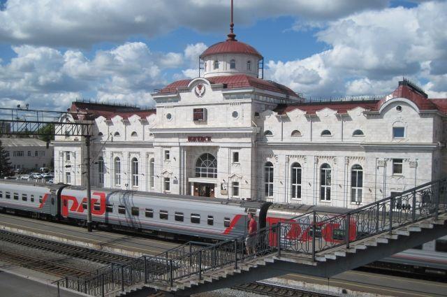 В майские праздники поедут дополнительные поезда «Ижевск – Москва» и «Ижевск – Санкт-Петербург»