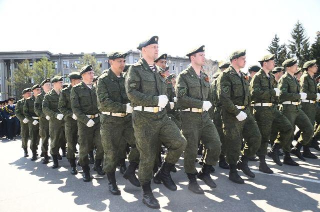 «Сейчас ребята сами в военкомат бегут»: военный - о победах и героях