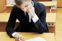 Самыми востребованными учебными предметами среди участников экзаменов являются русский язык, математика.