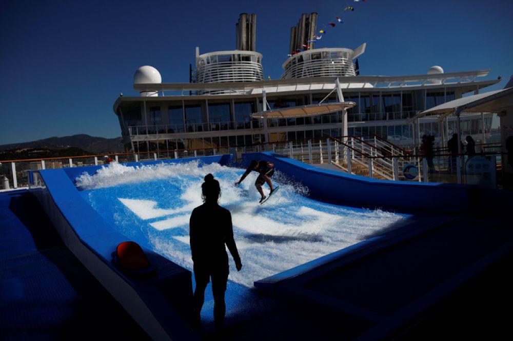 Симулятор серфинга.