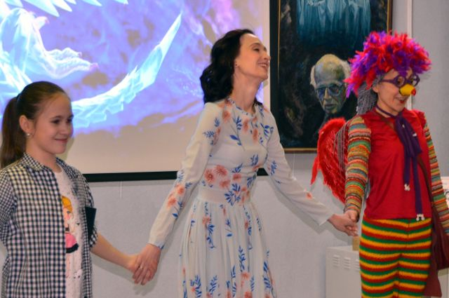 В Тюмени сказочница Наталья Корсак открыла Неделю детской и юношеской книги