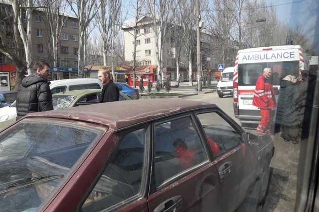 В Мелитополе легковые автомобили дважды сбили пешехода