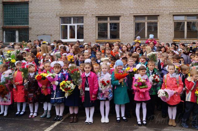 В школе делают всё, чтобы дети росли настоящими гражданами своей страны и счастливыми людьми.