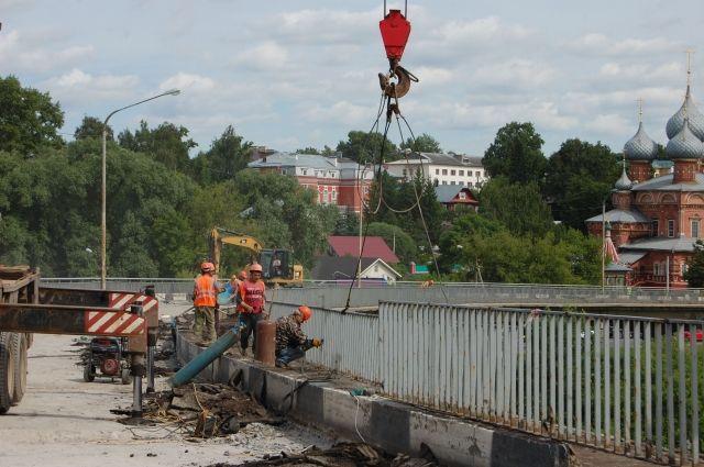 Власти напомнили, кому будет затруднительно попасть намост вовремя ремонта