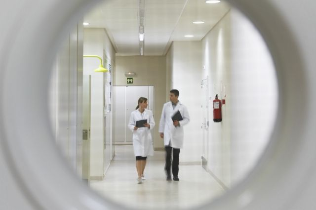 Секретарь президиума РАН рассказал об ускорении «утечки мозгов» из России