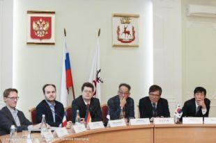 Иностранные эксперты обсудили проекты, посвященные 150-летию Максима Горького.