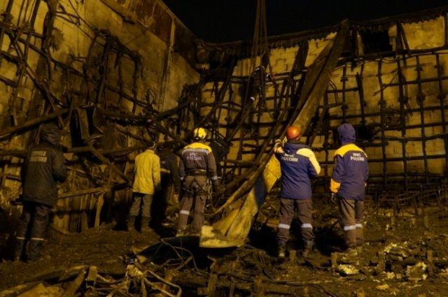 В МЧС рассказали, где находился очаг возгорания в ТЦ «Зимняя Вишня».