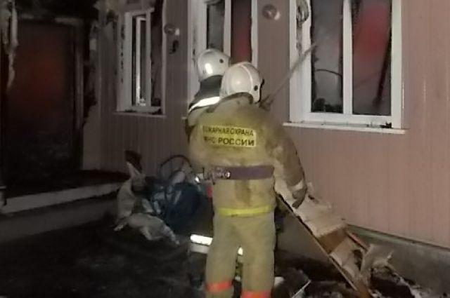 Напожаре вБазарном Карабулаке умер мужчина ипострадал ребенок