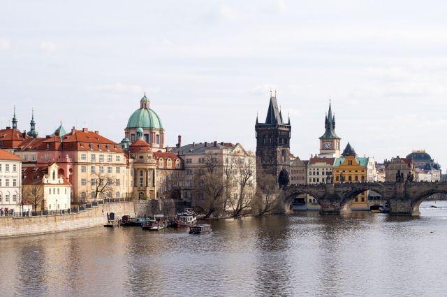 Чехия экстрадировала вСША обвиняемого вкибератаках жителя России