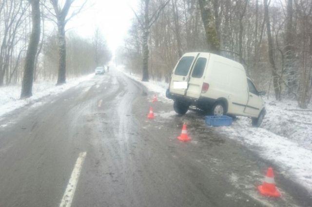 Под Багратионовском погиб водитель, который не смог удержать авто на дороге.