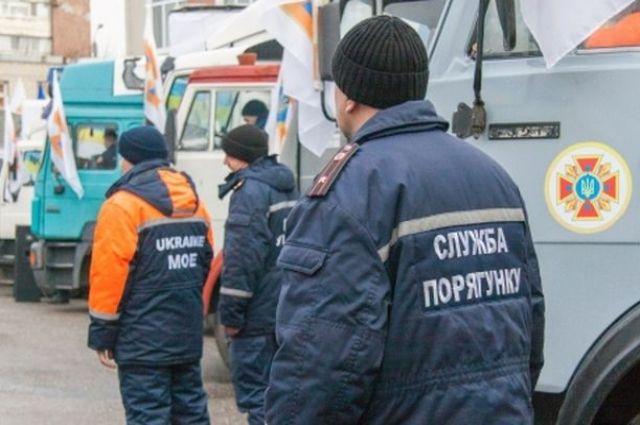 В Украине спасатели готовы применить силу для проверки торговых центров