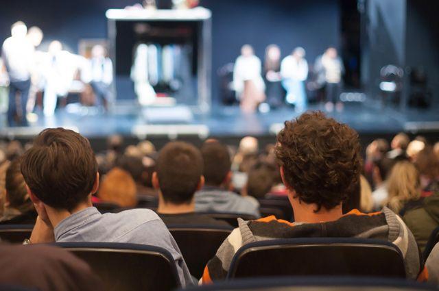 Планы на добро: посетить спектакль и благотворительный фестиваль