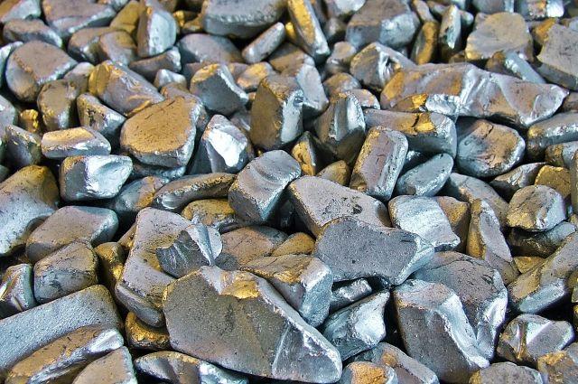 ВКрасноярске мужчины нелегально сохраняли золото исеребро на6 млн руб.