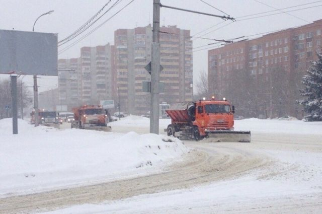 ВПензе вночь на1апреля снег убирали неменее 60 машин