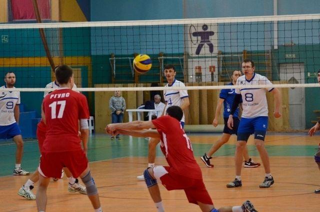 Волейболисты стали победителями Молодежной лиги.