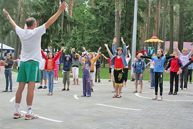 Увеличено число мест в детские загородные лагеря Калининграда.