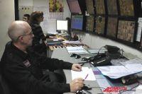 Сотрудники, отвечающие за безопасность, видят изображения с камер и сигналы, сообщающие о начавшемся возгорании