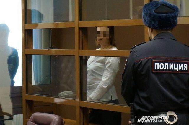 Осуждённая сама разрабатывала планы преступлений и выделяла исполнителям деньги на бензин и спиртное.
